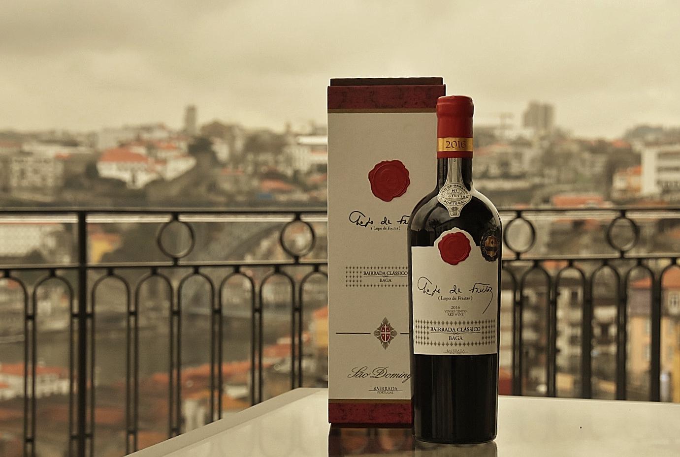 Apresentação no Porto Vinho Tinto LOPO de FREITAS «BAGA»